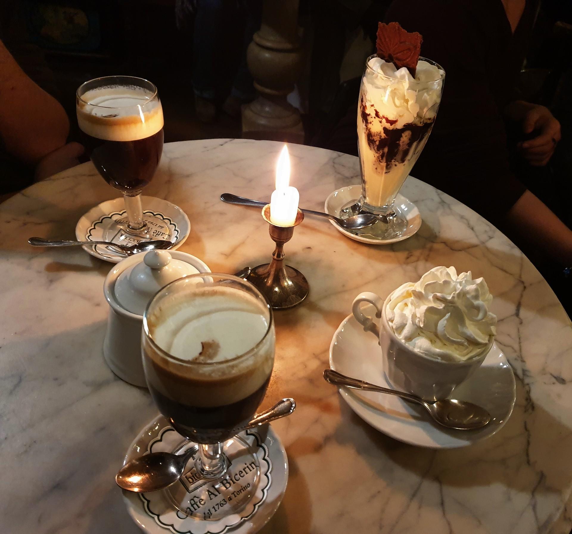 un-sitio-maravilloso-amantes-cafe-4553fc