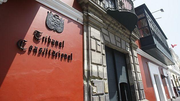 una-casa-rojiza-delante-catacumbas-90155