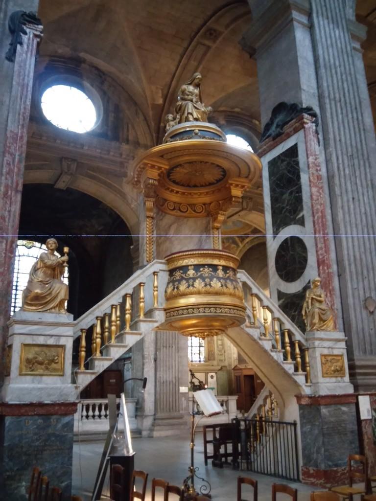 una-iglesia-pelicula-literalmente-a41386