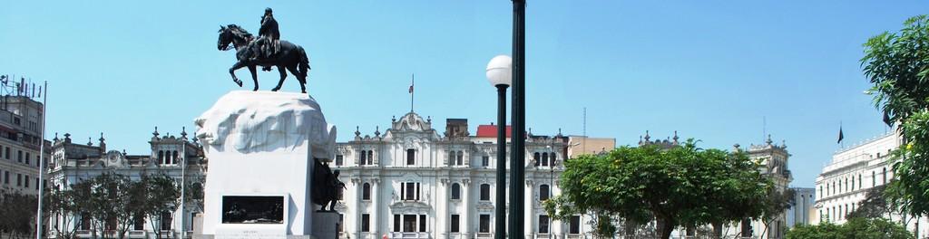 una-plazas-mas-bellas-centro-536aecc46c4