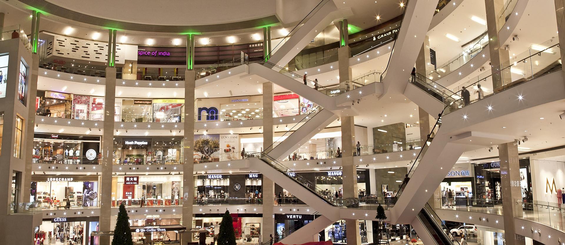 Una revisión detallada de las tiendas, restaurantes y entretenimiento de Pavilion.
