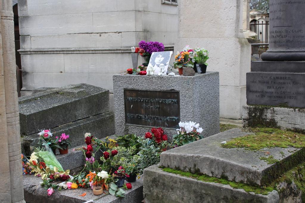 """Una visita de """"miedo"""" en el famoso cementerio Peré-Lachaise"""