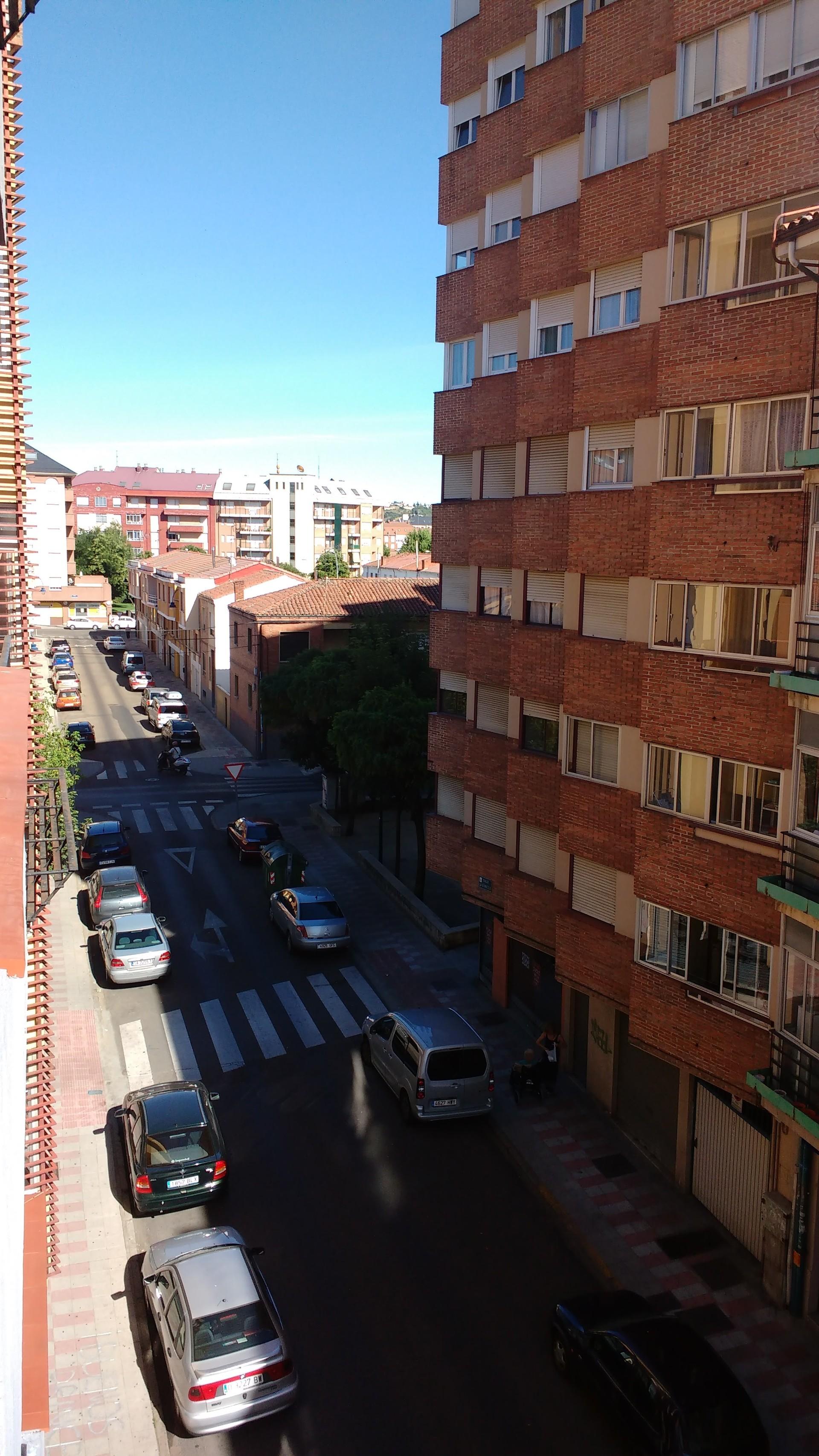 Universidad de León. Piso cómodo y cálido.