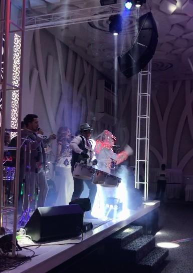 uzbek-weddings-e93fa48bb9e4e53f68899109e