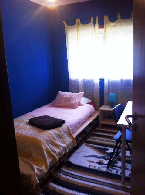 Cozy Room valley bedrooms blue & cozy room | room for rent almada