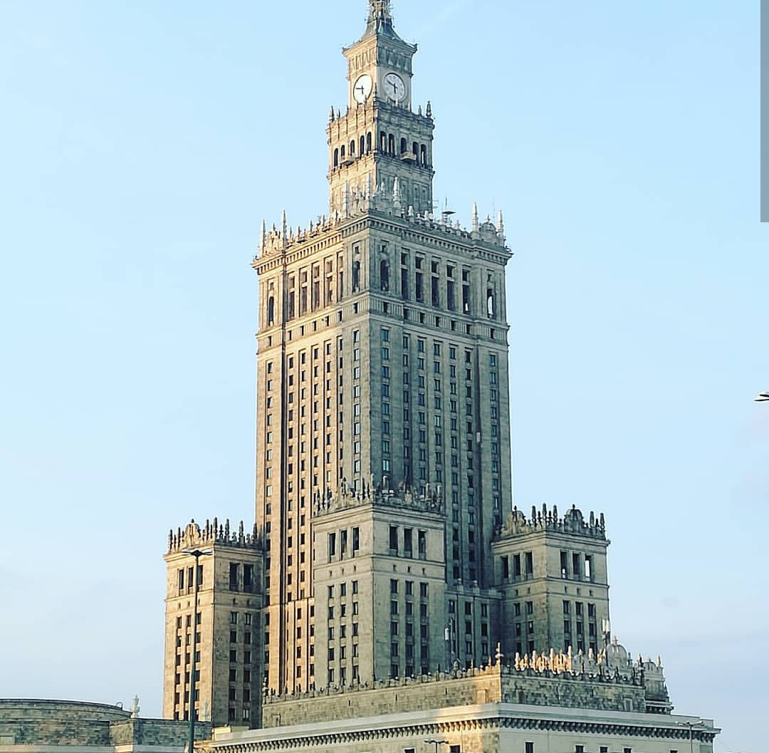 varsovia-polonia-3acad6cdc3c8f58905eac24