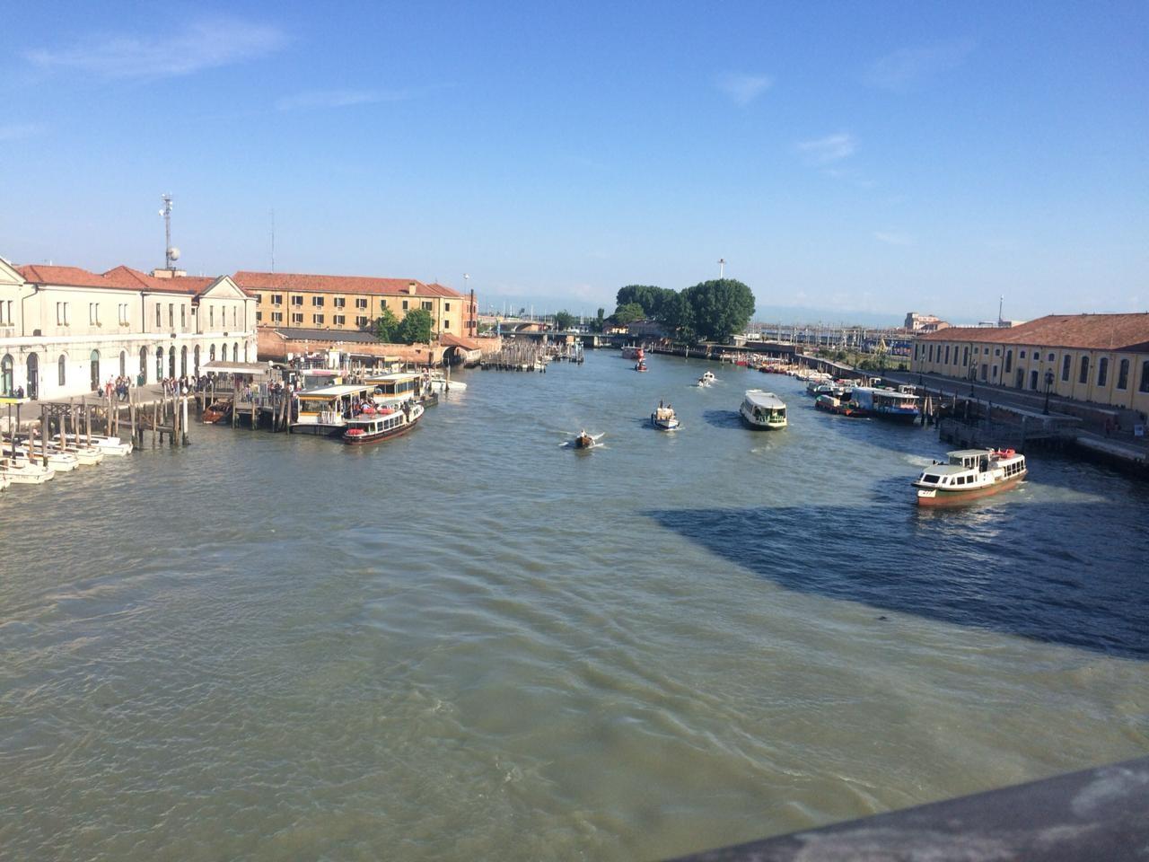 venecia-gondolas-magia-29656d947db5dd5e4