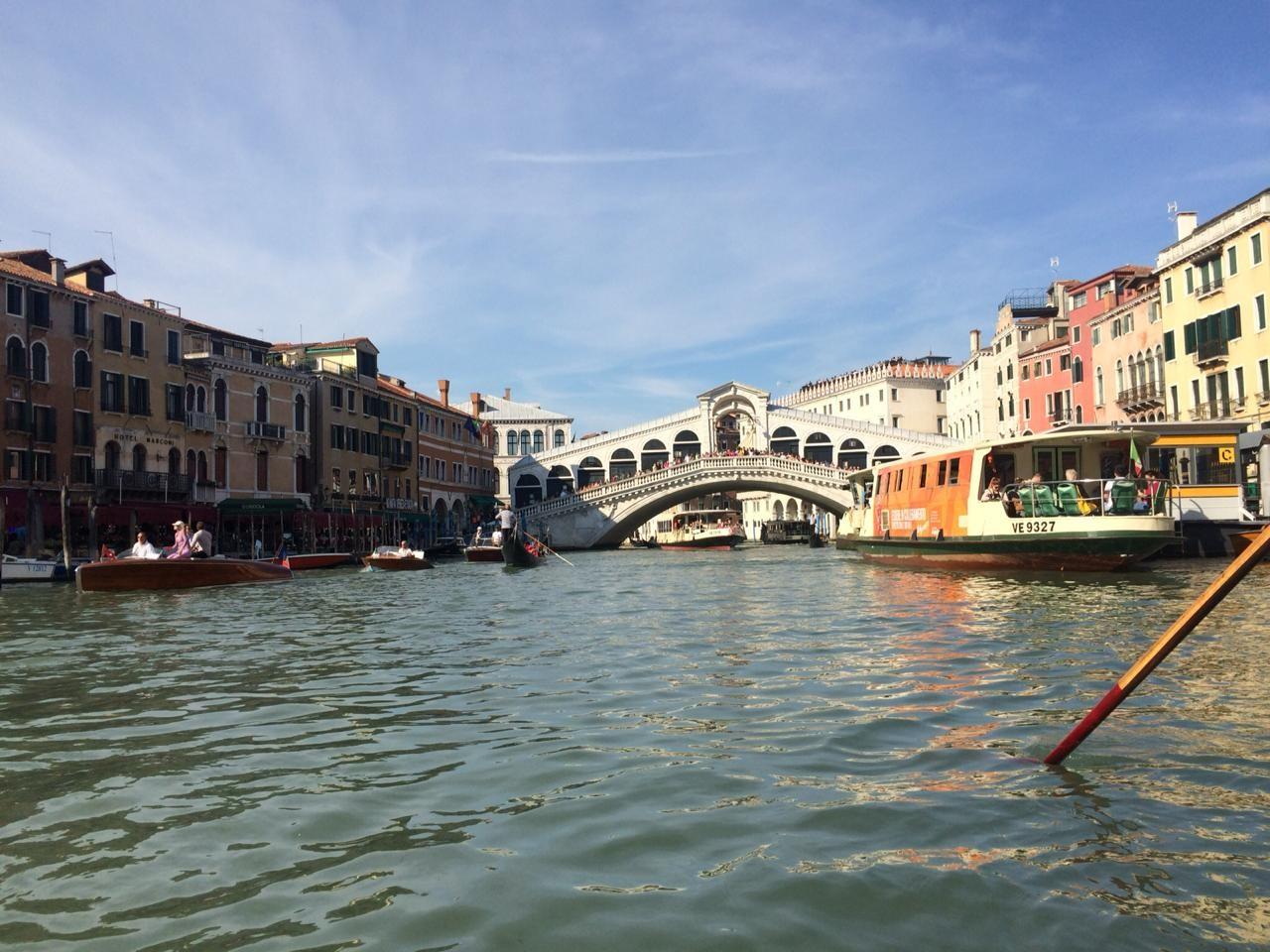 venecia-gondolas-magia-3421953d8cb11c7e6