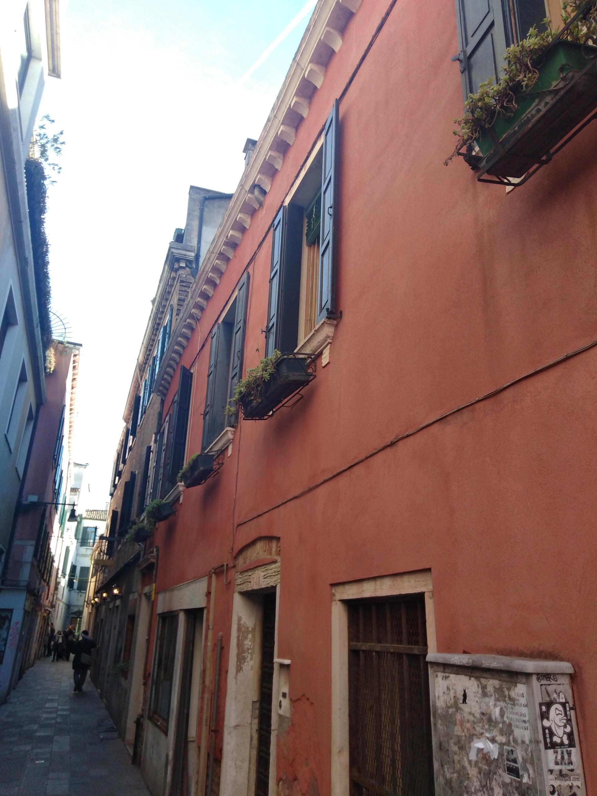 Venice in 12 Hours