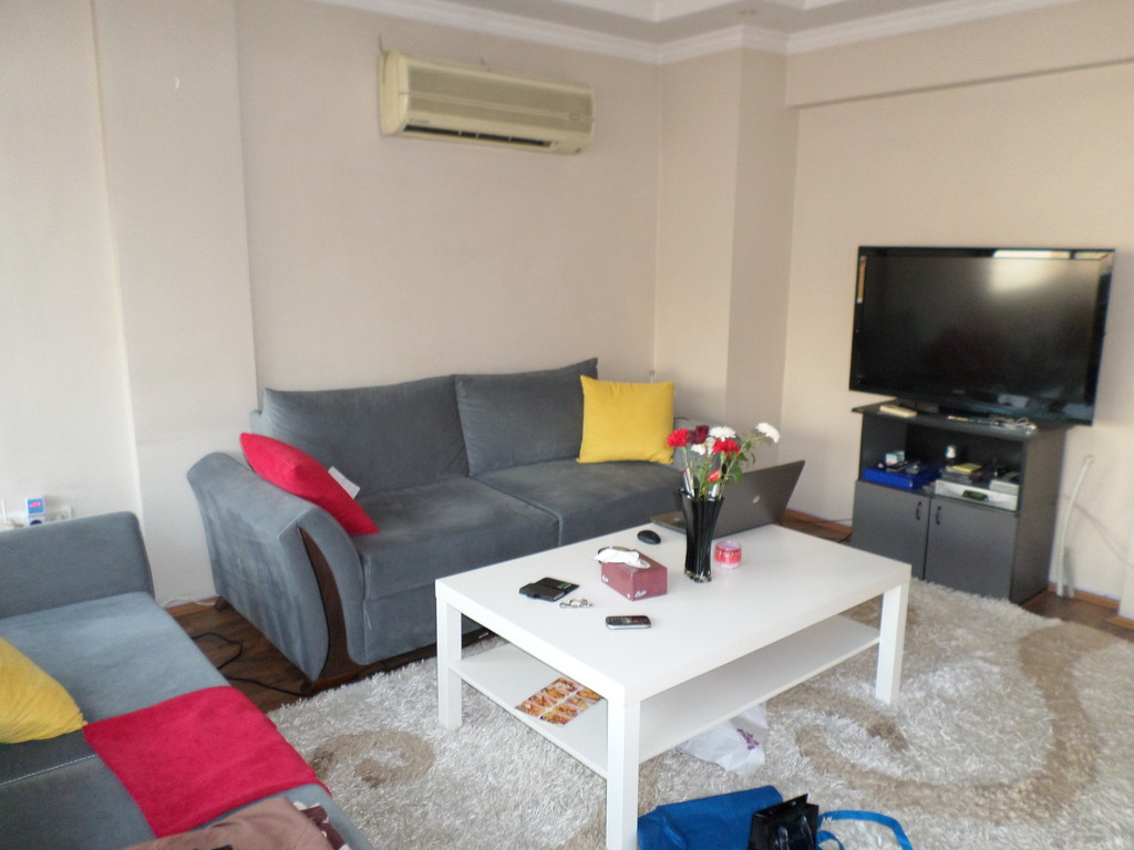 Apartment Room Mate very nice apartment to share with a female roommate 50 meters from