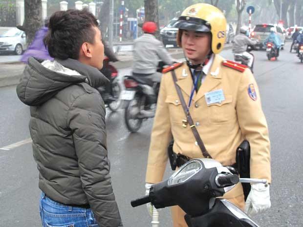 vietnam-deal-corrupt-traffic-police-5811