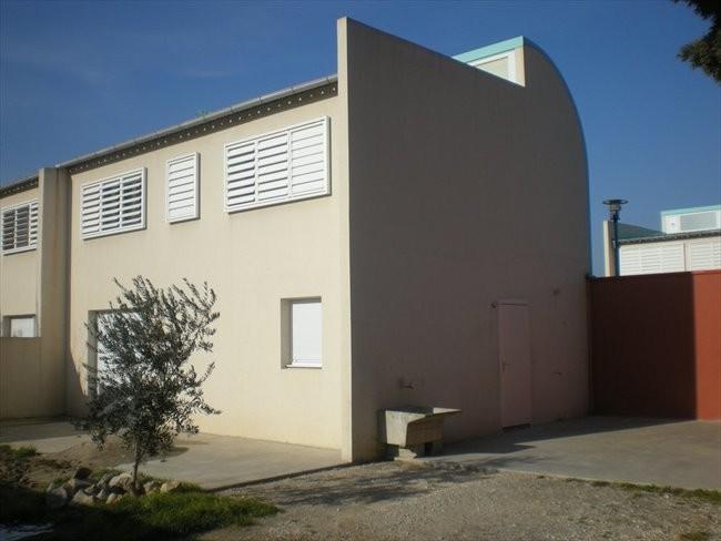 Villa T5 meublée à Avignon-Sud