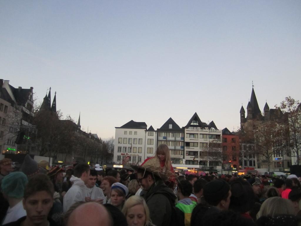 Vive la «quinta estación del año» en Colonia: el carnaval.
