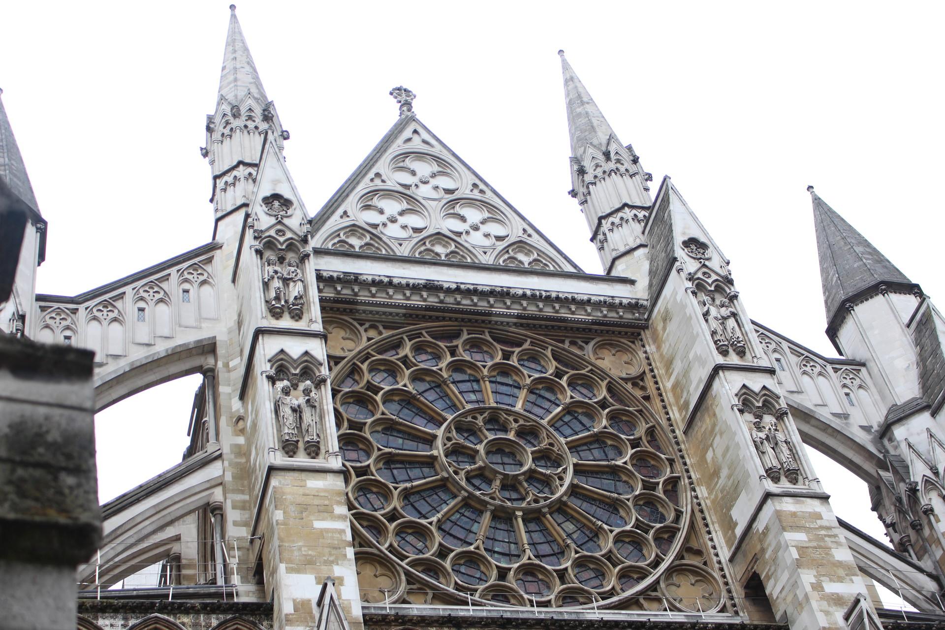 westminster-abbey-63d54b516a48ac5ec00bc2