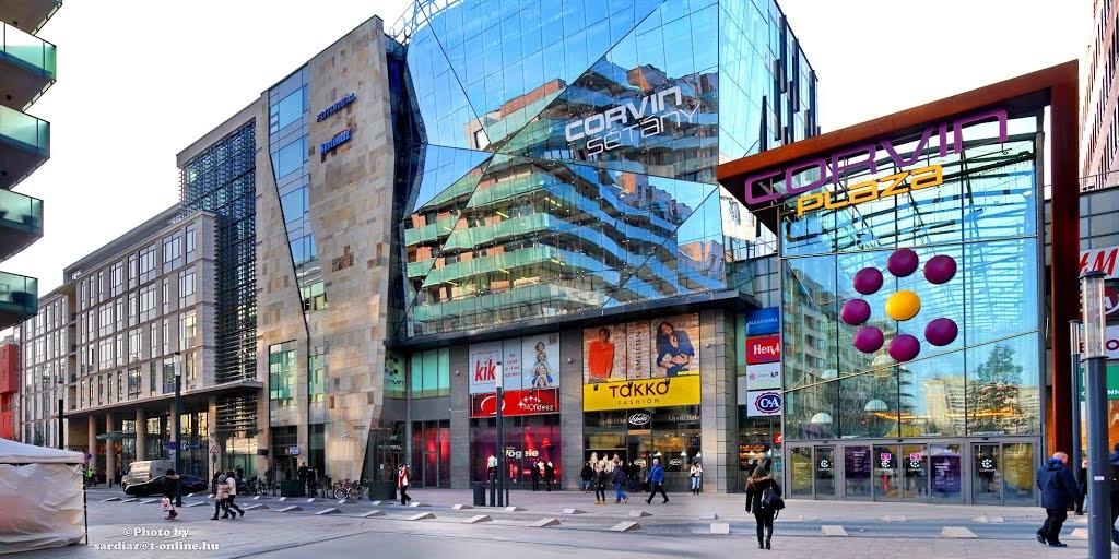 where-shopping-budapest-corvin-plaza-570