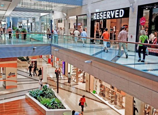 where-shopping-budapest-corvin-plaza-b50