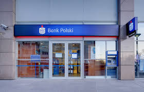 Which cashpoints should you use in Poland?