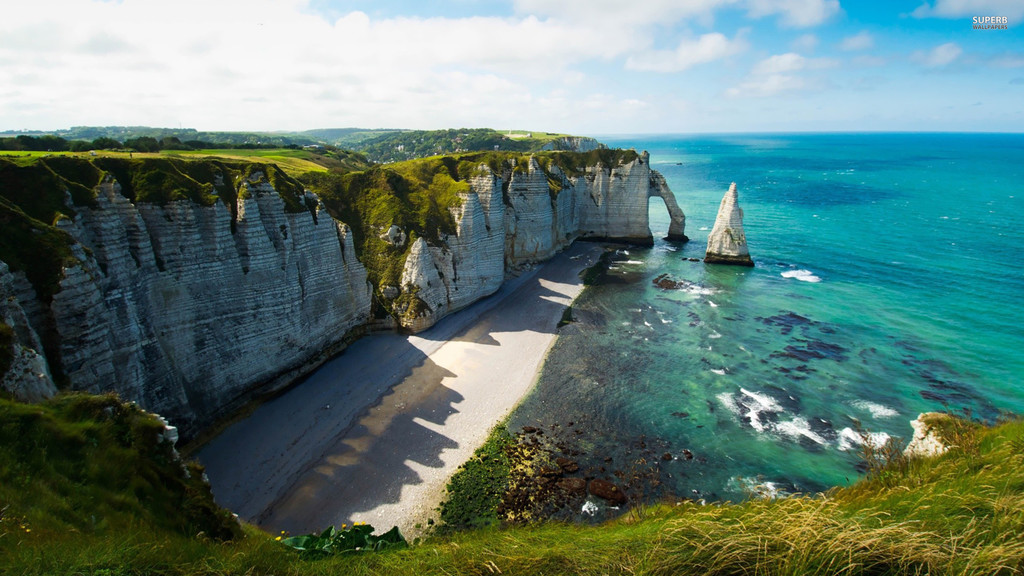 why-visit-france-ever-72c5c05f32c473f9e3