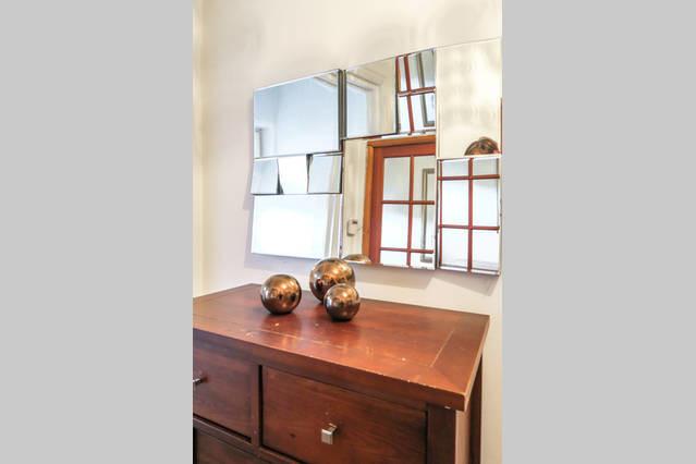 wonderful-large-garden-double-room-73828