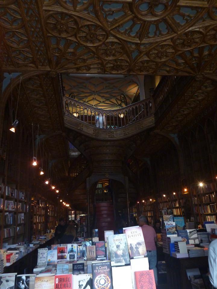 worlds-beautiful-bookstore-0b6759e39cb5e