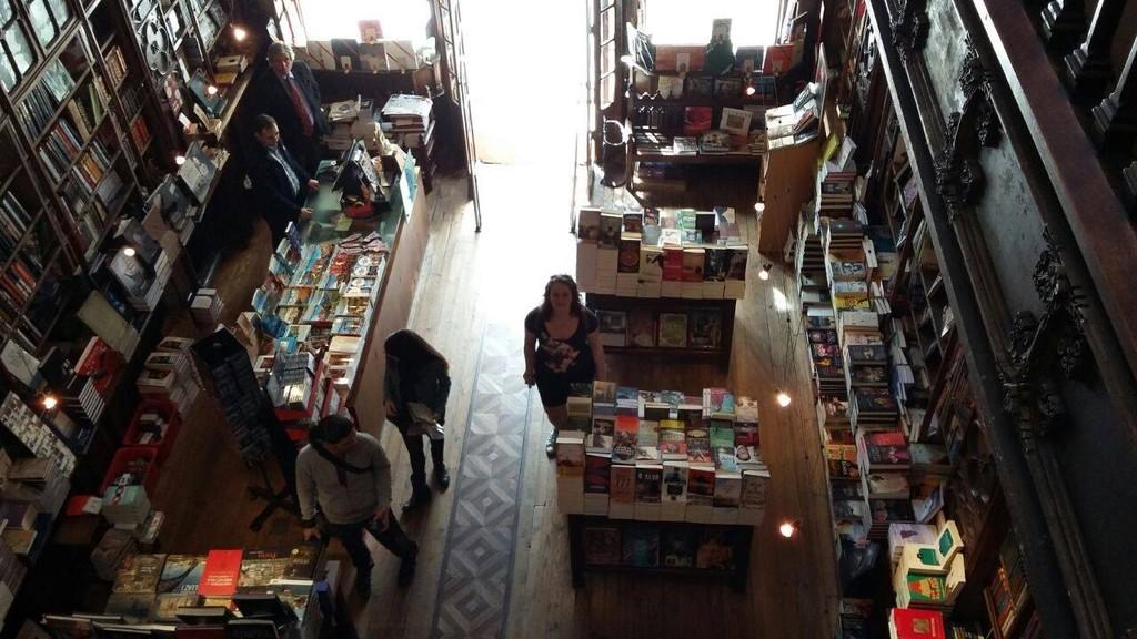 worlds-beautiful-bookstore-22c33f0f5c4b2