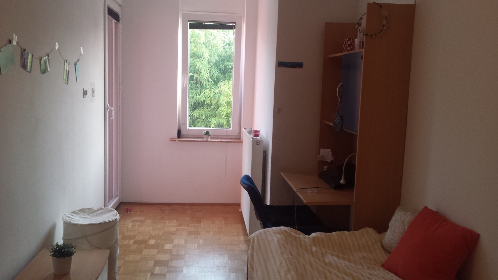 Your home in Ljubljana - single room with balcony